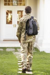Robo de Identidad en los Miembros del Servicio Militar