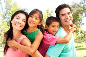 Investigación de la Semana: Estudios muestran a los hispanos optimistas acerca del futuro financiero