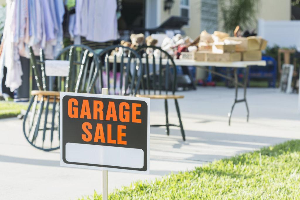 aviso de venta de garage