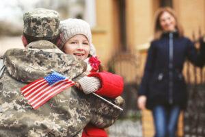 Consolidated Credit celebra el Día de los Veteranos, ayudando a los veteranos