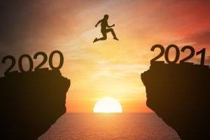 Consolidated Credit le ayuda a establecer resoluciones financieras inteligetes que le ayudarán a recuperarse del 2020.