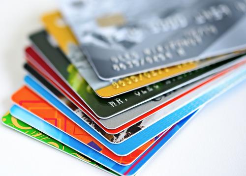 Las deudas de tarjetas de crédito ganaron terreno este año