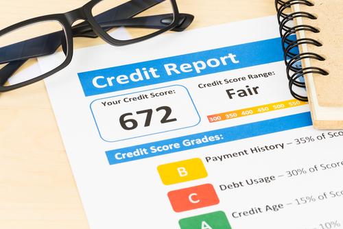 Las tres agencias de crédito más importantes acordaronofrecer reportes de crédito semanales gratuitos a los consumidores.