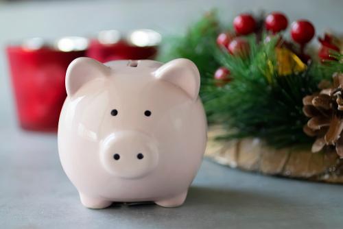 Aprenda algunos trucos para encontrar 10 formas fáciles de ahorrar en nuestro próximo seminario web gratuito.