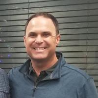 Chase Peckham - Director de Alcance Comunitario, San Diego Financial Literacy Center