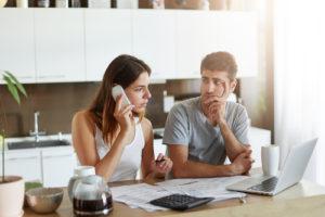 Comprender que su vida, su perspectiva y sus seres queridos se ven afectados negativamente por el estrés financiero no es tan fácil como parece.