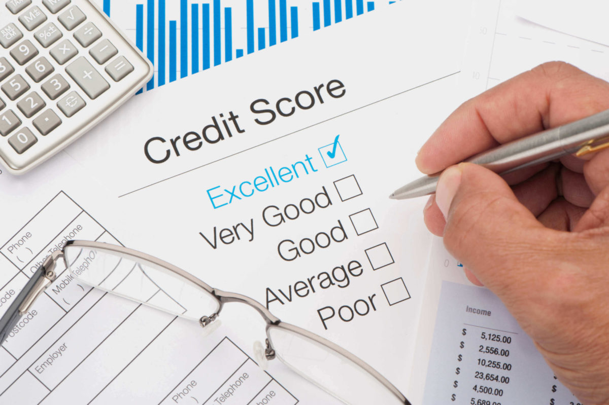 Take the right steps to achieve a good credit score