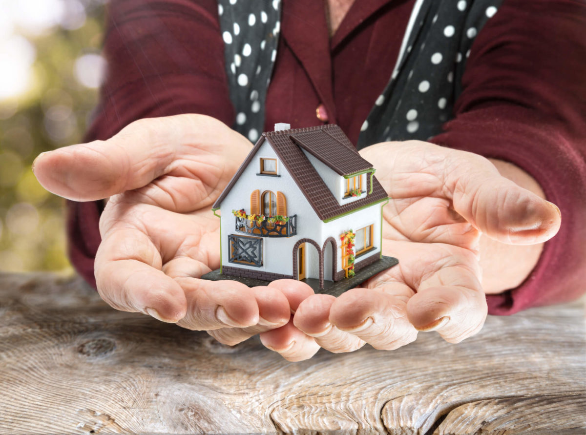 Seniors hold valuable equity in their hands if they're homeonwers